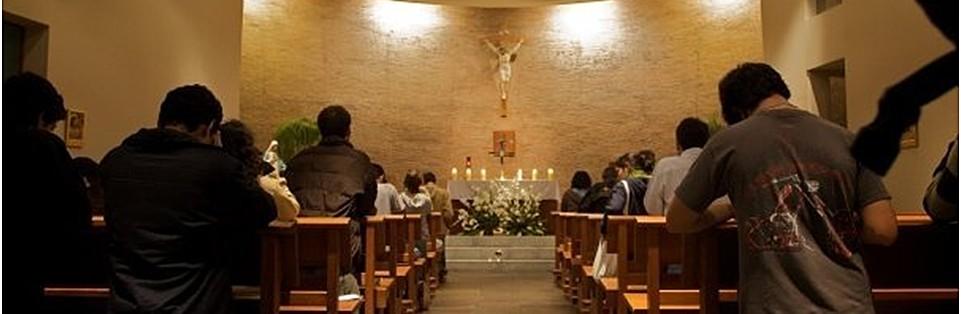 jovenes rezando1